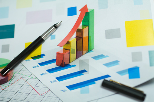 1155852718 istock photo graphs and charts 497658738
