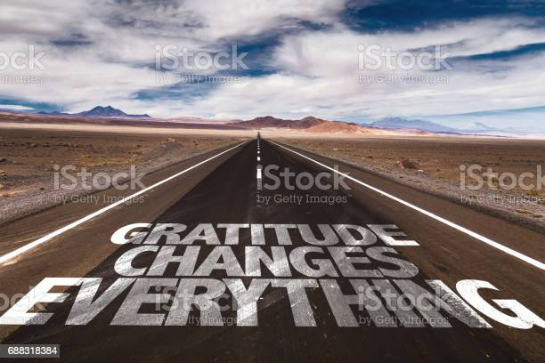 Gratitude changes everything sign picture id688318384?b=1&k=6&m=688318384&s=612x612&h=ozlwsm5cbzltzl8zfdzb2t9bjfyqrhjbiexzwazyju0=
