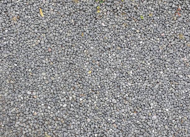 steinerne kiesweg texturiert - gartenkies stock-fotos und bilder