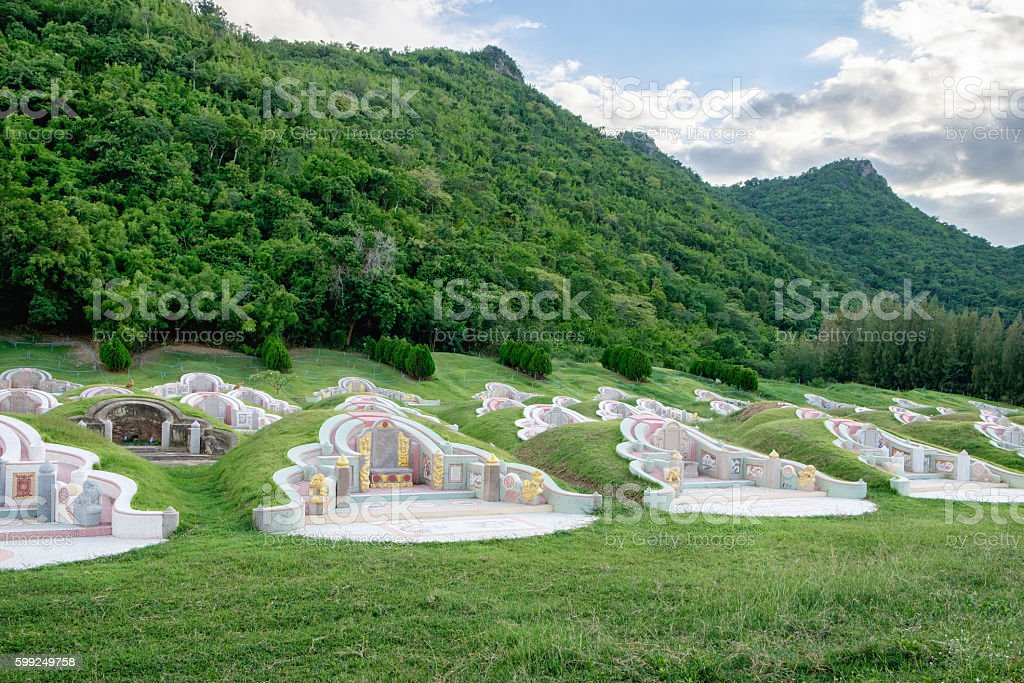 Graveyard arrange chinese culture in valley mountain ストックフォト