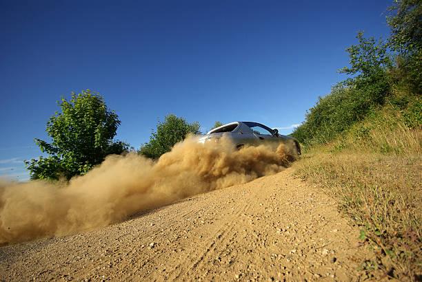 auto ausrutschen - rally stock-fotos und bilder