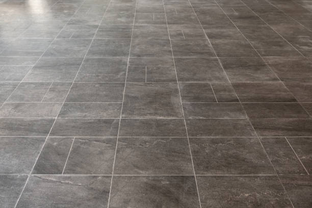 gray marble rectangular tiles flooring pattern surface texture. close-up of interior design decoration background - azulejo imagens e fotografias de stock
