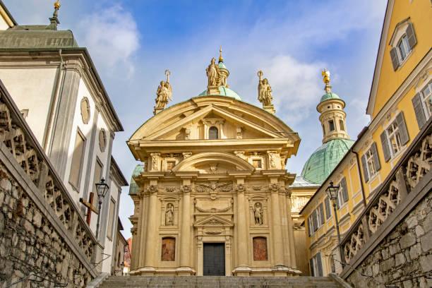 graz, austria - stadt graz stock-fotos und bilder