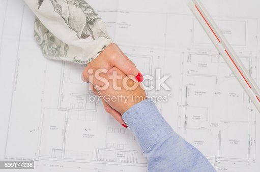 912867216istockphoto Great concept of business agreement, 899177238