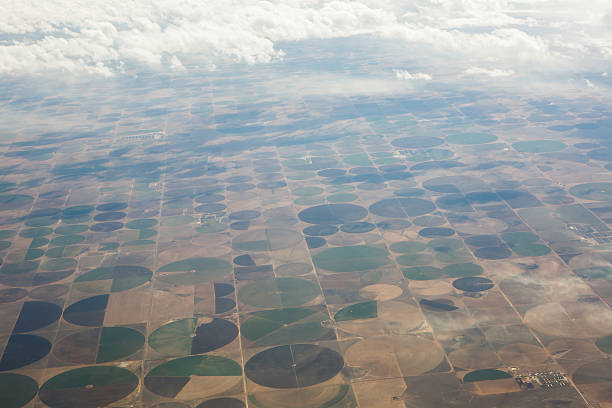 great plains irrigation circles - great plains stock photos and pictures