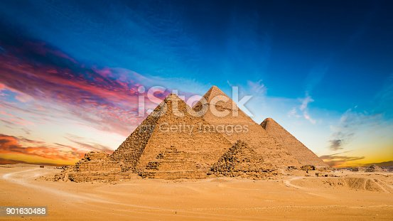 istock Great Pyramids of Giza 901630488