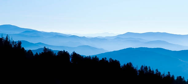 Great Smoky Mountains National Park  blue ridge mountains stock pictures, royalty-free photos & images