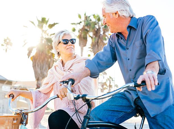 great vacation for  senior people - kalifornien ostsee stock-fotos und bilder