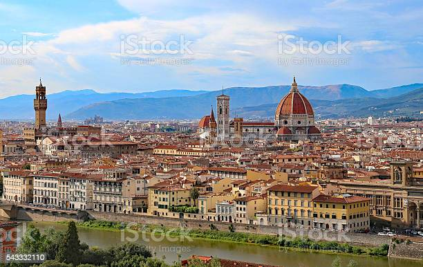 Great view of florence in italy picture id543332110?b=1&k=6&m=543332110&s=612x612&h=z2td0cvg j vy4ivw1rtcwdowp3pxbrdbq j97 3a u=