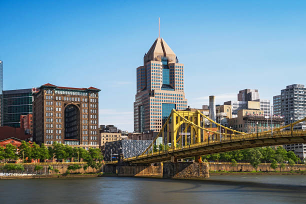 Great View of Pittsburgh View of Downtown Pittsburgh pittsburgh stock pictures, royalty-free photos & images