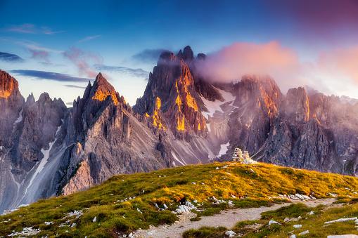 istock Great view of the top Cadini di Misurina range in National Park Tre Cime di Lavaredo 672019638