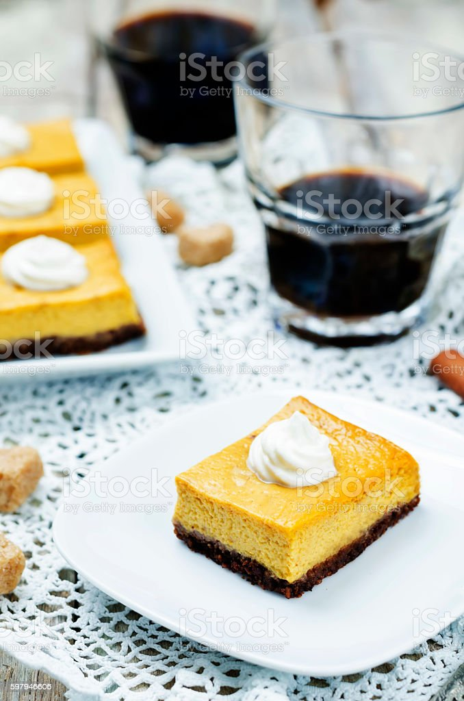 greek yogurt pumpkin pie bars foto royalty-free