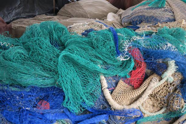 groene en blauwe visnetten foto