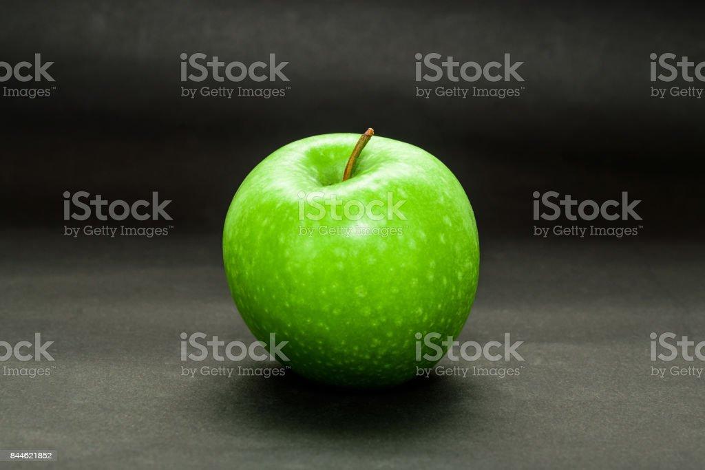 Grüner Apfel dunkel – Foto