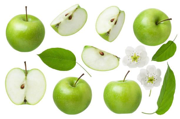 pomme verte pour le paquet de conception. ensemble de pomme entière, moitié et tranche avec la feuille et les fleurs isolées sur le fond blanc - couleur verte photos et images de collection