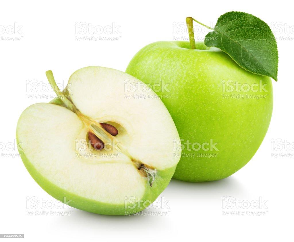 Frutas manzana verde medio y verde hoja aislados en blanco foto de stock libre de derechos