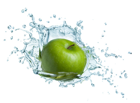 Green Apple In Water Stock Photo - Download Image Now