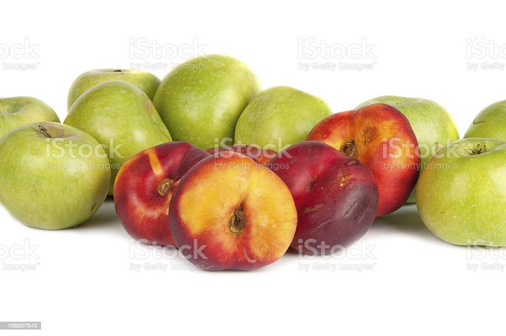 녹색 사과들 및 nectarines royalty-free 스톡 사진