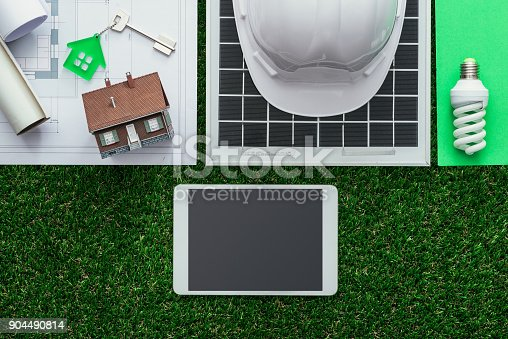 904490858 istock photo Green building and alternative energies 904490814