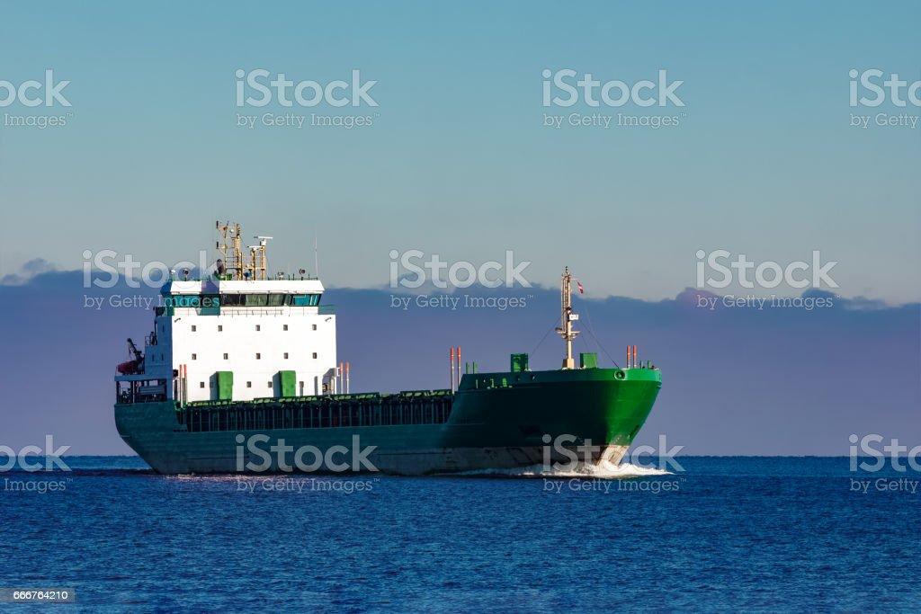 Green cargo ship foto stock royalty-free