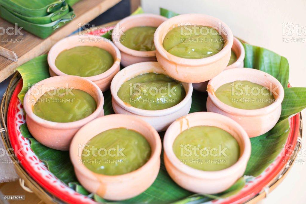 Green coconut Sweet Pudding (Kanom Piakpoon). zbiór zdjęć royalty-free