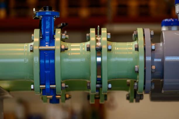 green coolant pipes - tap water zdjęcia i obrazy z banku zdjęć