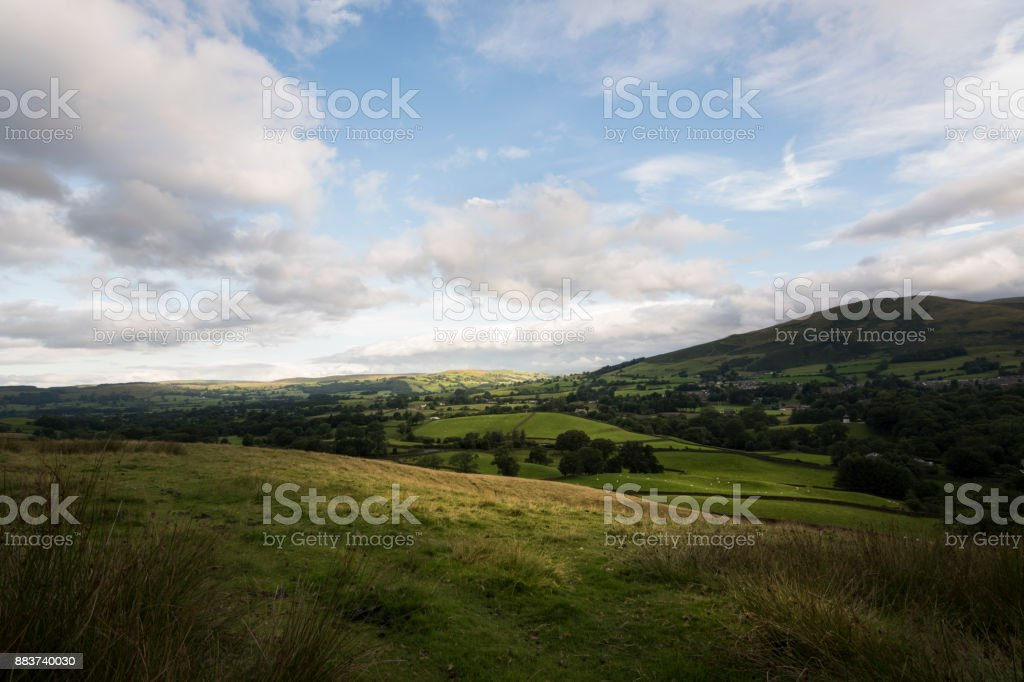Groene landschap van Engeland rond Sedbergh stad foto