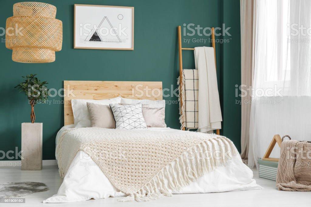 Intérieur De Chambre à Coucher Confortable Vert Photo Libre De Droits