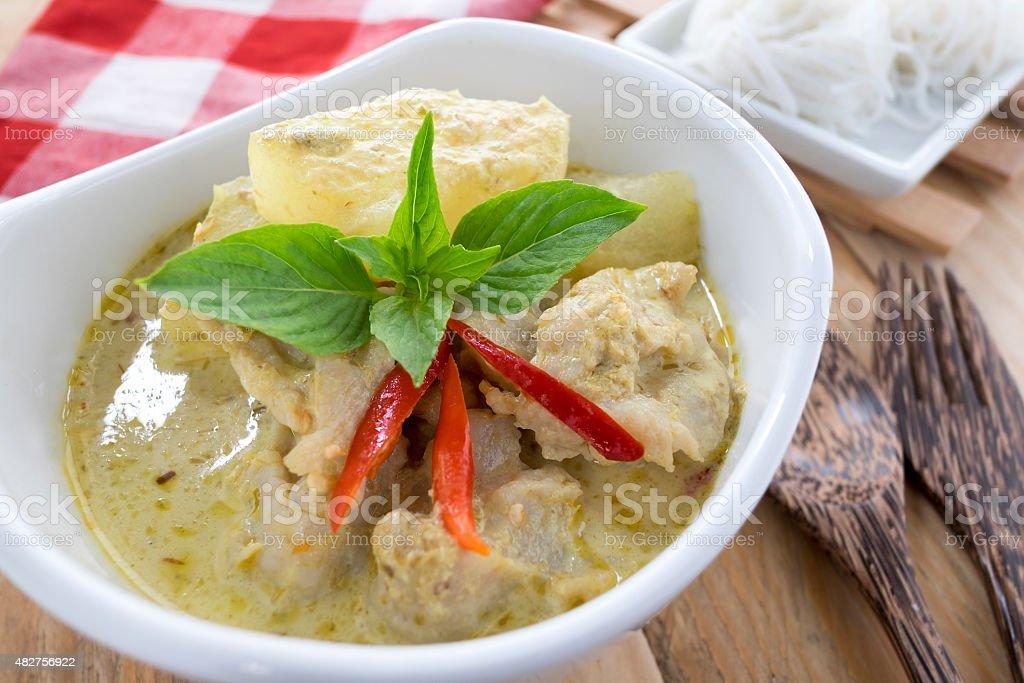Tajska Kuchnia Zielony Curry Ryb Kulki Z Ryzu Makaronem Zdjecia