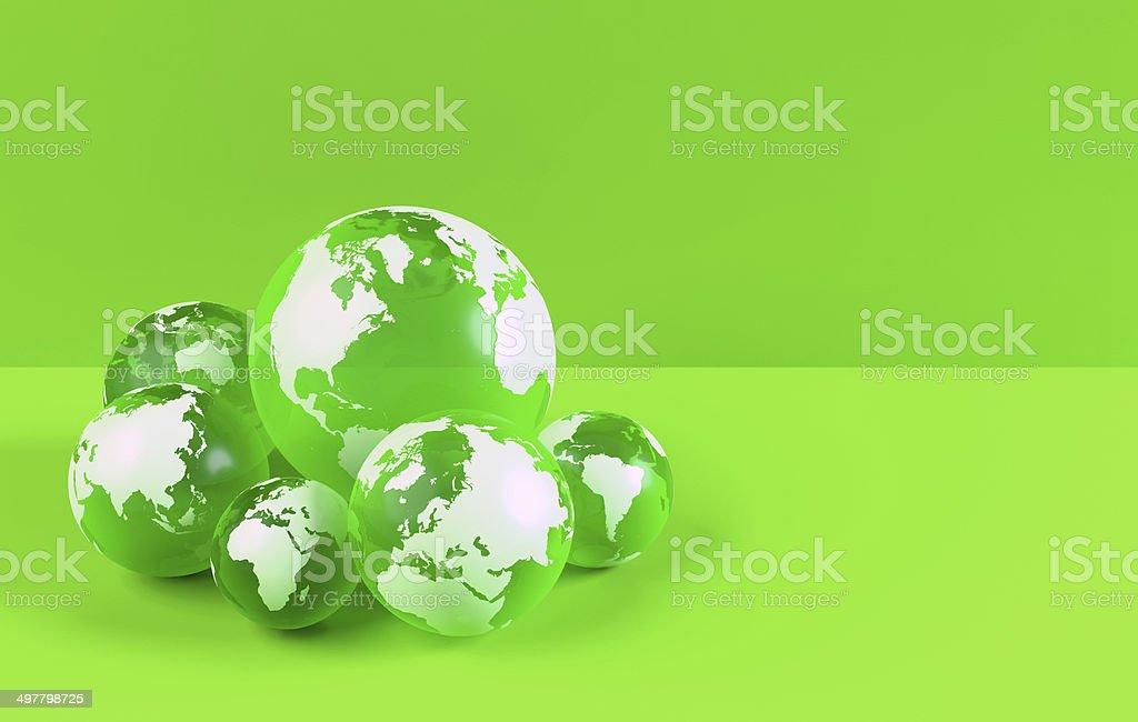 Verde globos de tierra con mapamundi fondo verde espacio de copia verde globos de tierra con mapamundi fondo verde espacio de copia foto de stock gumiabroncs Images