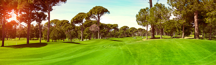 Green Golf Club Panoramic Stock Photo - Download Image Now ...