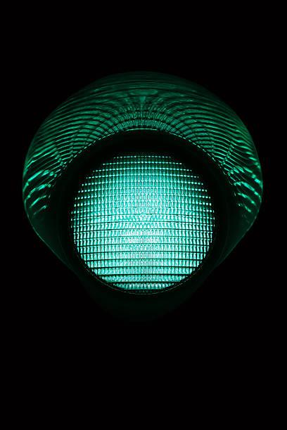 grüne light - ampel stock-fotos und bilder