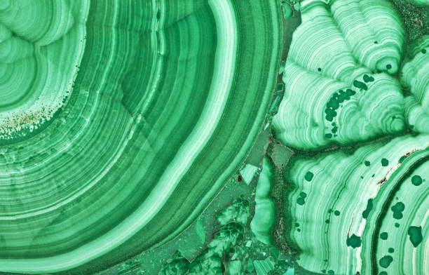 green malachite beautiful texture macro - malachit stock-fotos und bilder