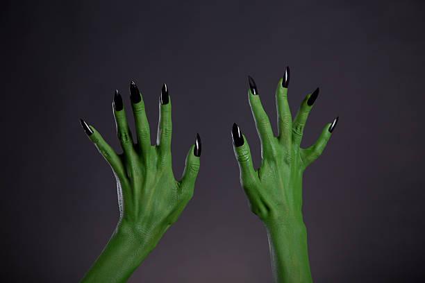 Green monster hands with sharp black nails bodyart picture id487726846?b=1&k=6&m=487726846&s=612x612&w=0&h=gpi135pkyamxacsim2wjgzmc70xnu9m59binyu4cevu=