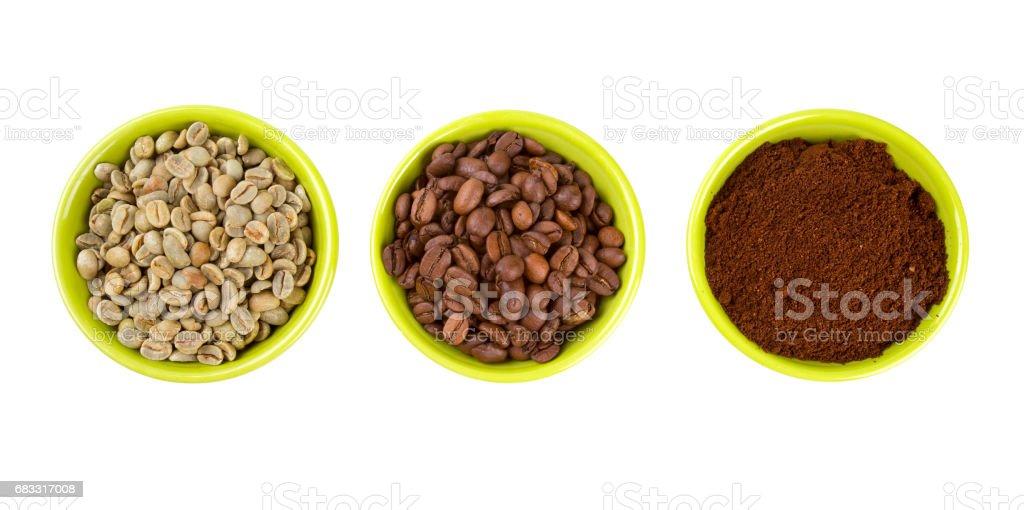 groen, gebrande en gemalen koffie royalty free stockfoto