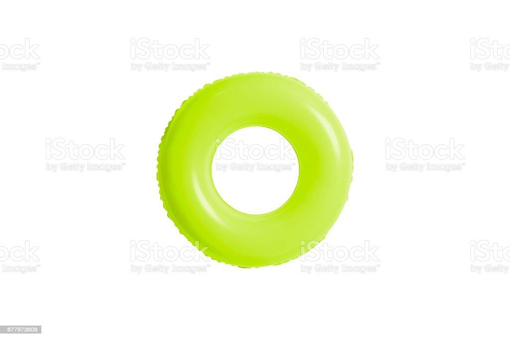 grünes Schwimmbad Ring isoliert auf weißem Hintergrund. – Foto