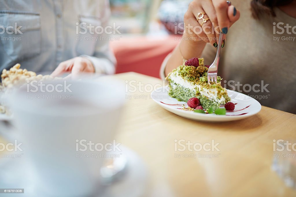 Green tasty cake - foto de acervo