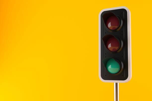 緑の信号  ストックフォト