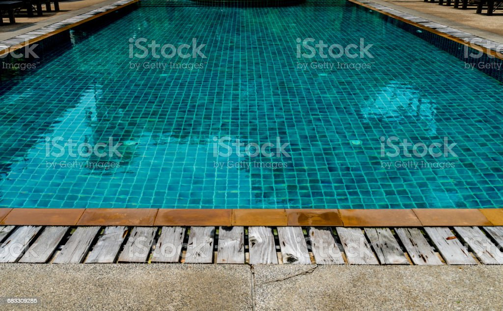 Green water in swimming pool foto stock royalty-free
