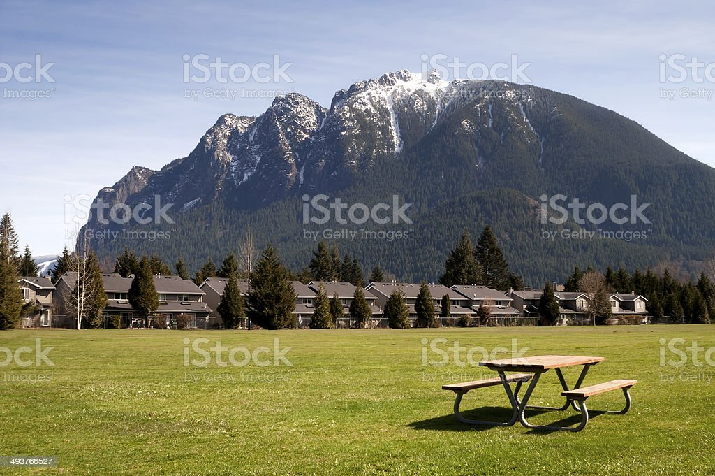 Greenbelt Picnic Table Subdivision Homes Mount Si North Bend stock photo