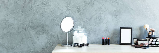 Grey room with makeup table - foto stock