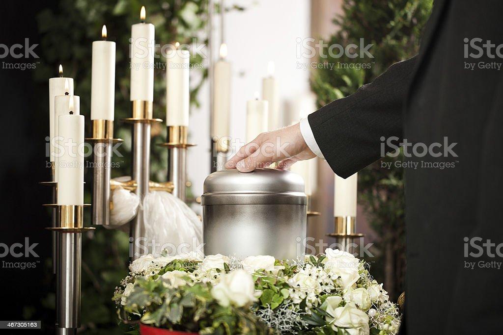 Trauer-Begräbnis und Friedhof – Foto