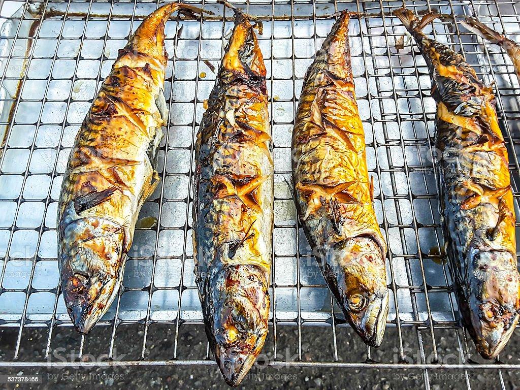 Гриль свежая рыба кухня, морепродукты, предлагающий трехразовое питание стоковое фото