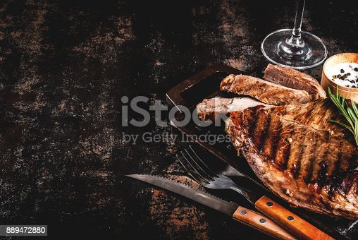 808351132istockphoto Grilled beef steak 889472880