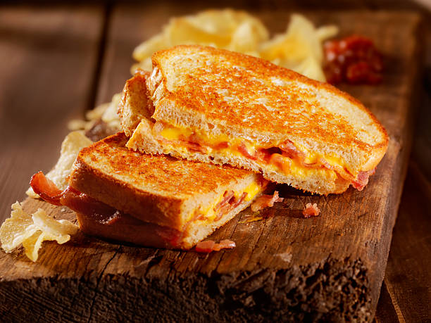 grilled cheese and bacon sandwich - cheese sandwich bildbanksfoton och bilder