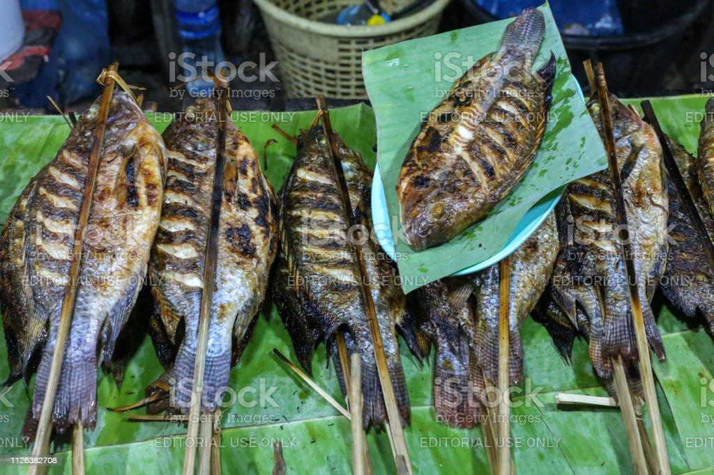 X Banner Ikan Bakar - kumpulan contoh spanduk