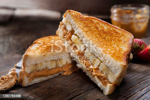 istock Grilled Peanut Butter and Banana Sandwich 1262783498