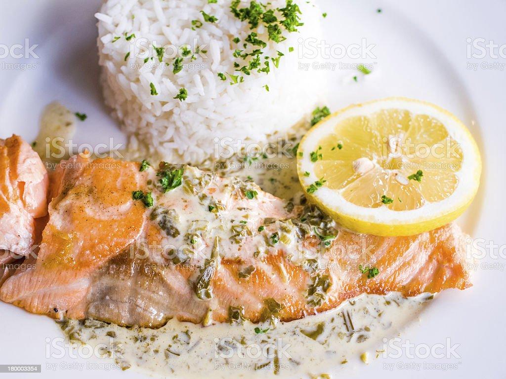 그릴 연어색 및 쌀 royalty-free 스톡 사진