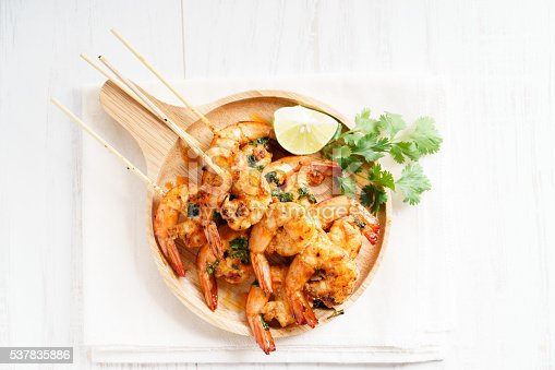 istock grilled shrimp kababs with sriracha and lime 537835886