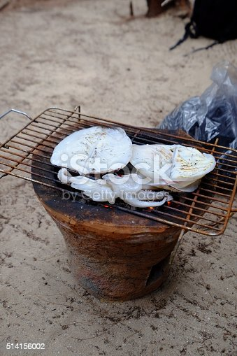 istock Grilled squid 514156002